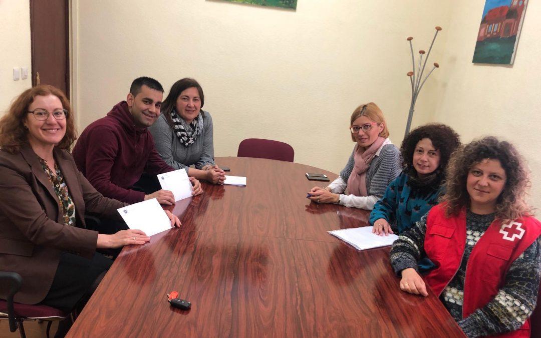 Entrega recaudación Comida Solidaria de la II Feria de Participación Ciudadana